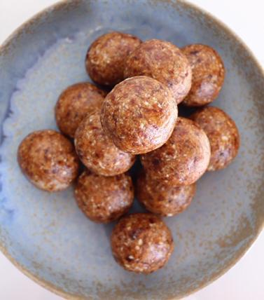 Caramel Macadamia Protein Ball